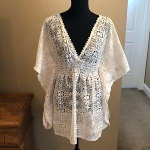 Xhilaration Lace Caftan Style Tunic Length Top